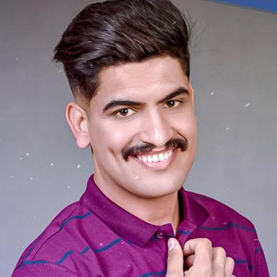 اديب محمد